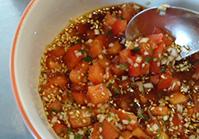 トマトのポン酢ソースを作る